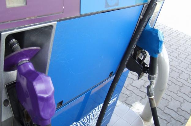Сколько стоит открыть бензозаправку? Как открыть заправку (АЗС)?