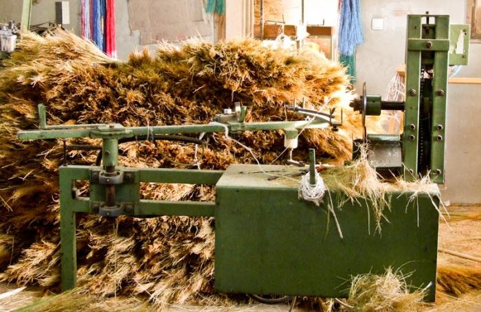 Свой бизнес: производство метел